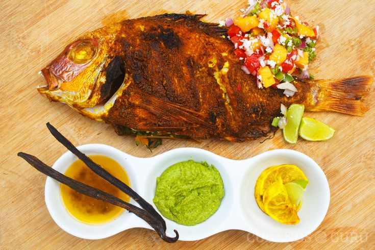 Receta: pargo en salsa de aguacate. #mariscos #pescado #aguacate #comida http://www.cubanos.guru/receta-pargo-en-salsa-de-aguacate