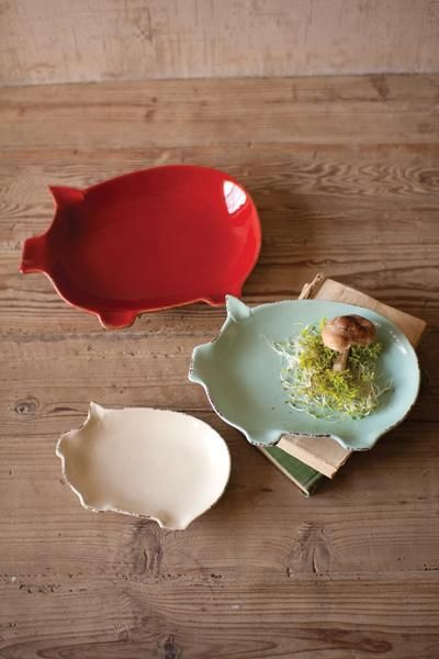ceramic pig plates - West End