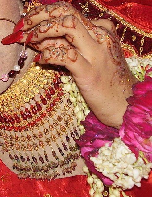 Pakistani mehndi designs,wedding cakes,henna tattoos,designs,mehndi henna designs: July 2011