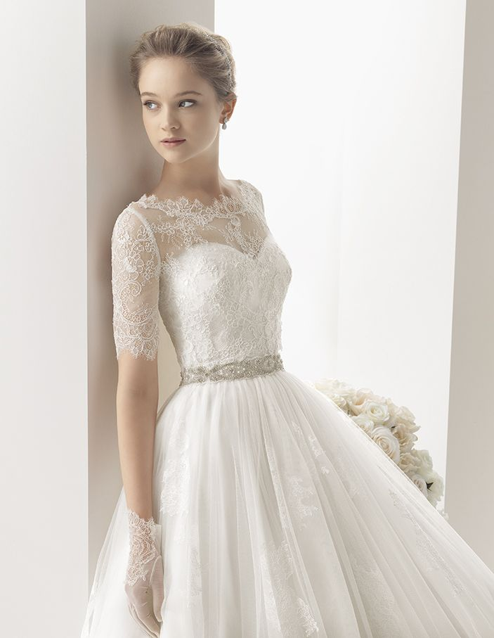 84 best Abito sposa images on Pinterest | Short wedding gowns ...