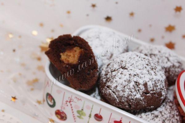 """шоколадное печенье с начинкой (конфеты """"Коровка"""")"""