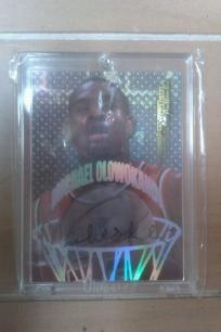 Michael Olowokandi Pacific, Signed 1998 Collectors Edge Pro Signatures Authentic card.