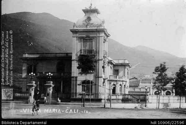 FOTO VARGAS. Casona de nombre Villa María en el barrio Granada. Cali 1930. OTRO: Biblioteca Departamental Jorge Garces Borrero, 1900. 9 X x.