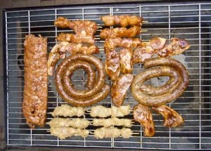 Pork sausages and hamburgers are not common-place on the braai, but, rather marinated steaks or fillet or chicken pieces and boerewors