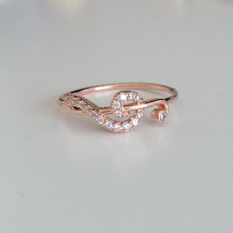Treble Clef  Rose Gold Ring I just want this because my boyfriend is a musician! ❤️