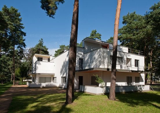 Masters' Houses by Walter Gropius : Masters' Houses : Stiftung Bauhaus Dessau / Bauhaus Dessau Foundation. I visited here on my last trip to Germany.  Fantastic!
