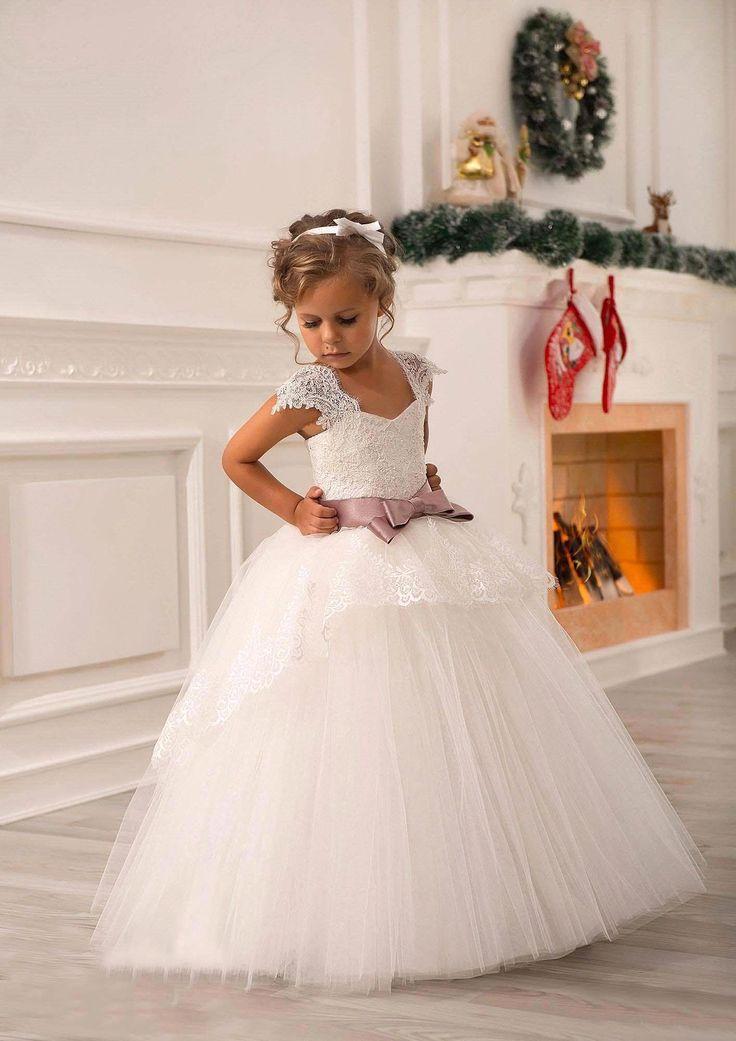 Aliexpress.com: Comprar Vestido de la navidad 2016 menos de 70 $ encaje de flores niña vestidos de primera comunión faja arco vestido princesa balón vestido del desfile del vestido de vestido de dibujos animados fiable proveedores en party Queen Fashion Store
