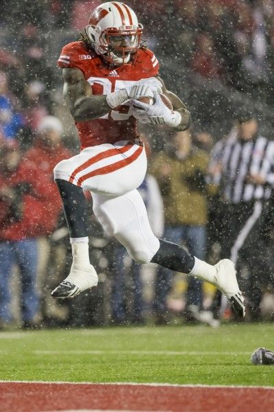 If the Heisman Trophy is in fact awarded to the best player in college football Wisconsin Badgers running back Melvin Gordon III is the only logical choice.