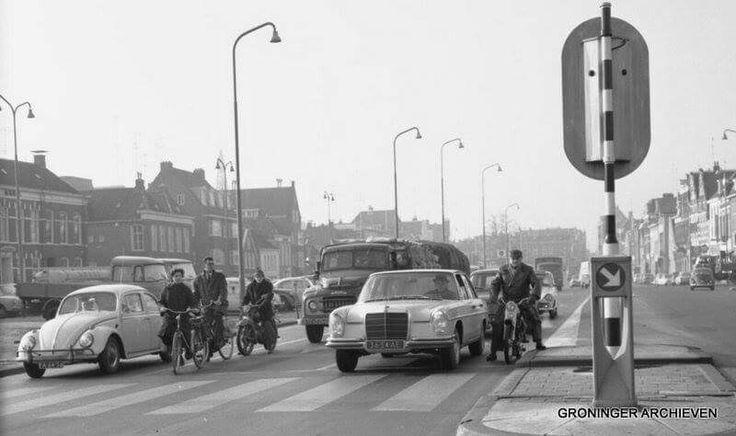 Damsterdiep, kruising Petrus Campersingel, 1966