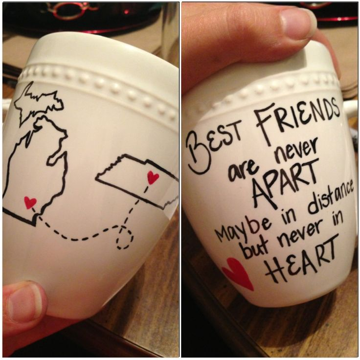 """""""Best friends"""" mug. I'd like to makr something like this for my mom, but obviously instead of best friends it would have to say something about mother/daughter."""