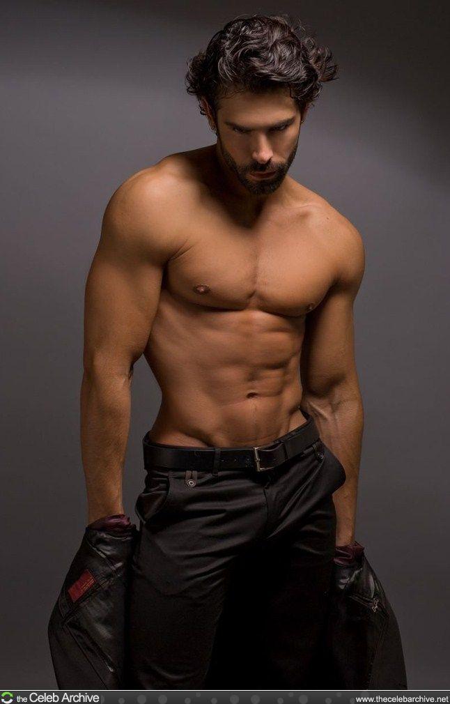 DIONISIO HEIDERSCHEID male fitness model © Thomas Synnamon ...