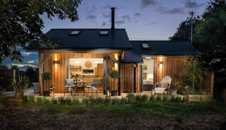 Long Melford self-catering hideaway cabin for couples in Suffolk