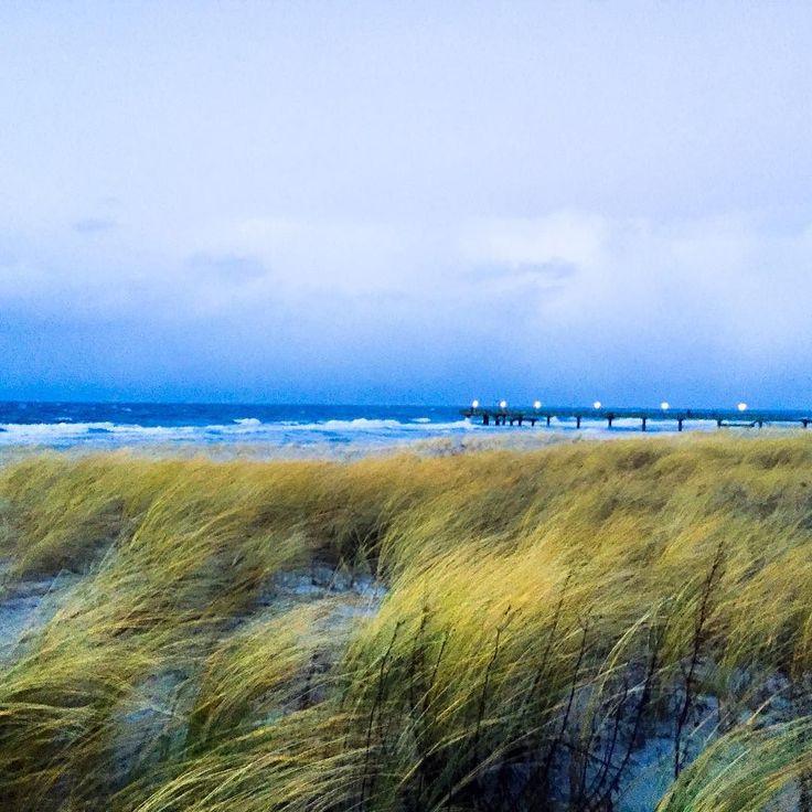 Sturmy Weather #beijedemwetterschön #seebrücke #ostsee #meer  #sturm #stürmisch #strandbad #strand #dünenlandschaft #dünen #seebrücke