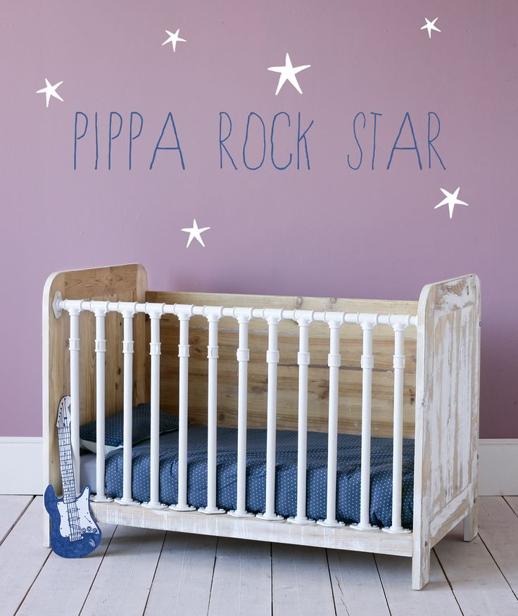 PIPPArockstar- is this made with wood and PVC pipe ?!?!?!?
