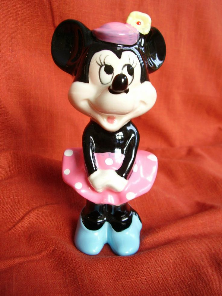 Vintage Minnie Mouse Figurine Ceramic Walt Disney
