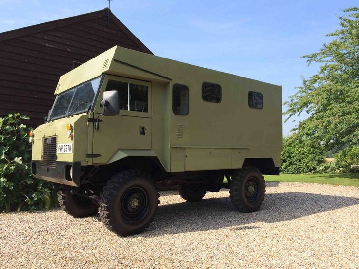 101 Landrover Forward Control Ambulance