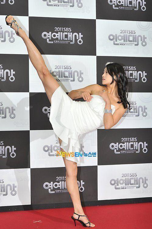 tae kwon do Tae-Mi - Korean Actress and Taekwondo expert. Way way better go girl X