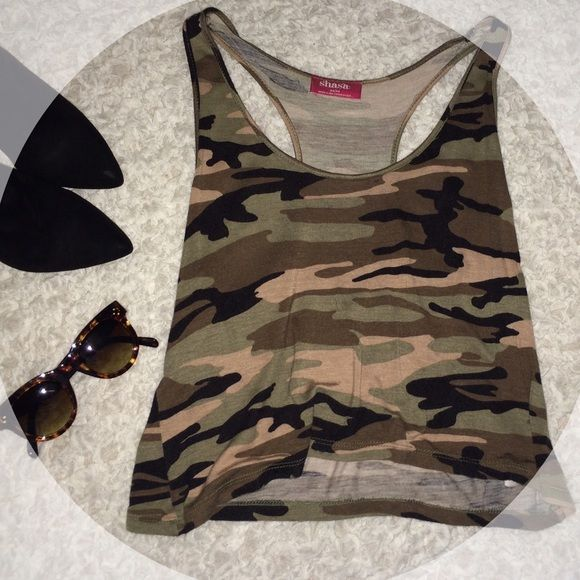 Camouflage top Shasa Camouflage top // size: M, also fits S. // fun to style // like new condition // accessories not included - top only. Shasa Tops Tank Tops