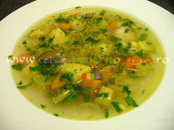 O #reteta de #supa de legume care poate fi folosita ca atare sau adaptata conform preferintelor fiecaruia, adaugand sau eliminand legume.