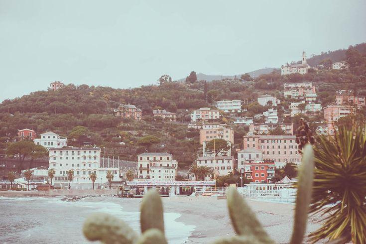Recco sea travel blogger Italy