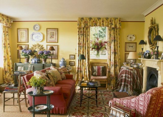 55 Cozy Farmhouse Living Room Decorating Ideas French Country Living Room French Country Family Room Cottage Living Rooms