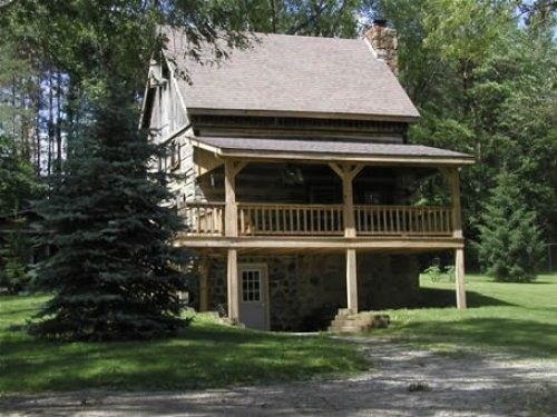 Nashville Cabin Rental  Valley View Log Cabin in Brown County  Indiana17 best images about Brown county on Pinterest   Vacation rentals  . Rental Cabins In Brown County Indiana. Home Design Ideas