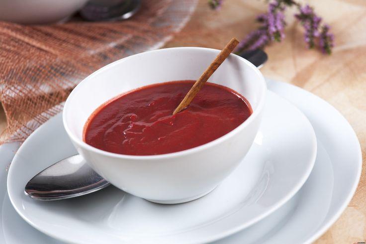 Receita de sopa de beterraba, canela e abóbora. Descubra como cozinhar sopa de beterraba de maneira prática e deliciosa com a TeleCulinária!