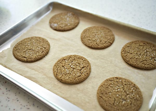 Molasses Spice Cookies recipe - These slightly spicy and perfectly ...