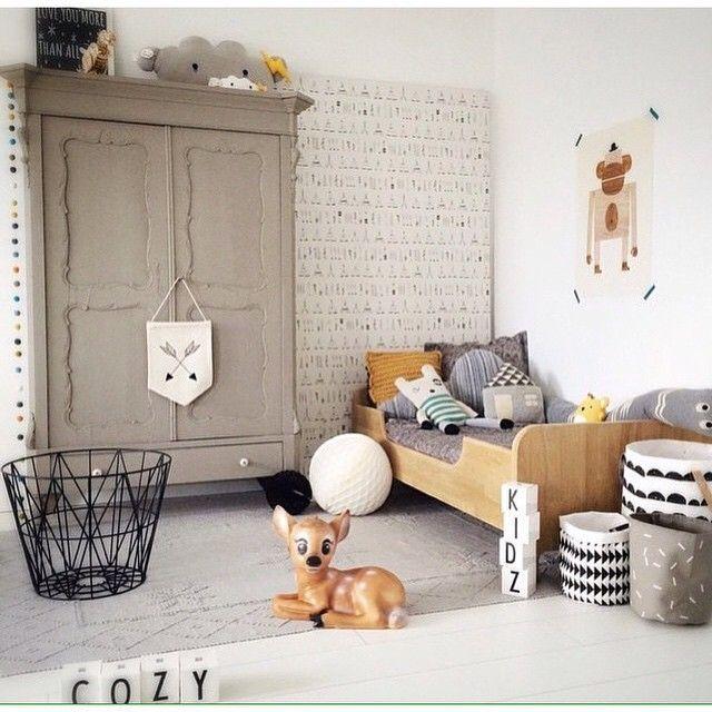 KID'S ROOM / chambre d'enfant / room / interior