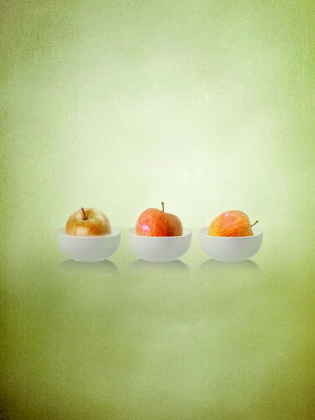 '3 Apples' by artskratches on artflakes.com as poster or art print $22.17