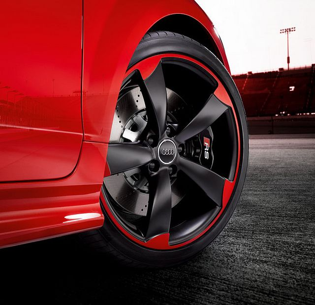 TT RS Plus Features Unique Black And Red 19 Inch Alloy