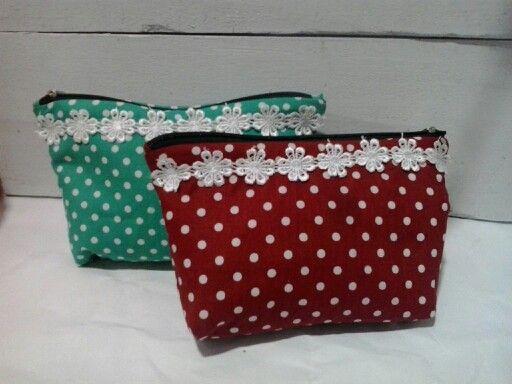 Diy pouch..buatan sendiri selalu lbh memuaskan bagemanapun bentuknya..