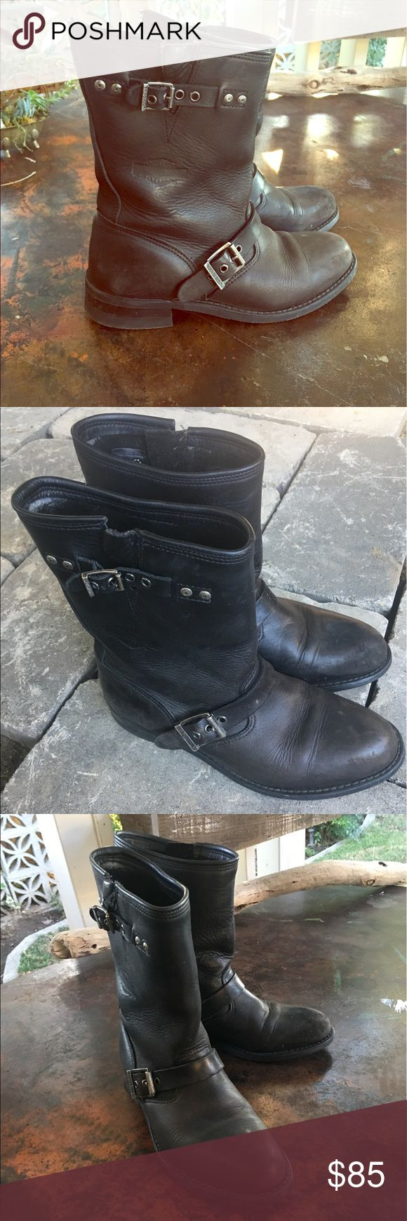 Harley Davidson boots Great pair of black leather Harley Davidson slip on boots with adjustable straps, hardly any wear on the sole, the leather is a little distressed but overall these are in fantastic condition!. Men's size 9- women 10 1/2 Harley-Davidson Shoes Boots