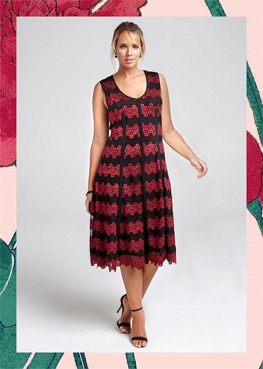 Blossom Maxi Dress #takingshape #plussize #curvy #eventwear #eveningwear