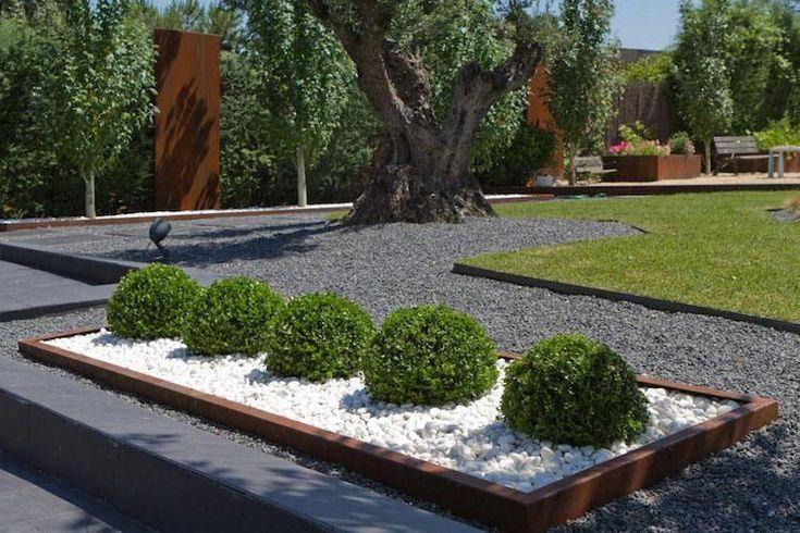 Amenagement paysager moderne bordure jardin acier corten for Pool bordure