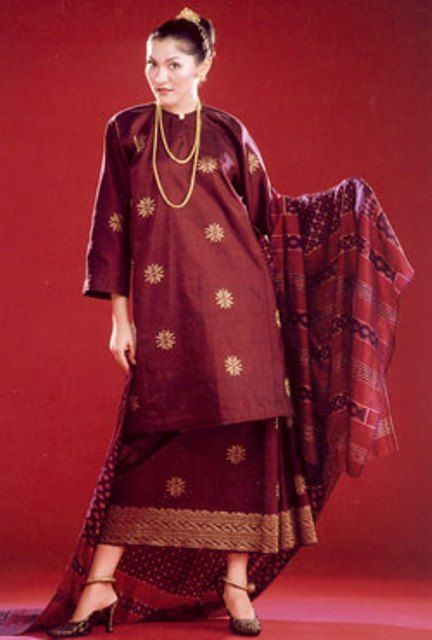 Baju Kurung Songket by Salikin Sidek