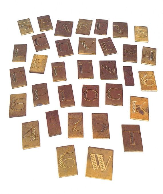 Various brass letters and numbers £20.01