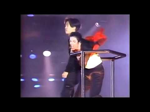 Michael Jackson - Earth Song Live in Seoul (with crazy Fan)   ~The whole world, one crazy fan? He's there. ~M