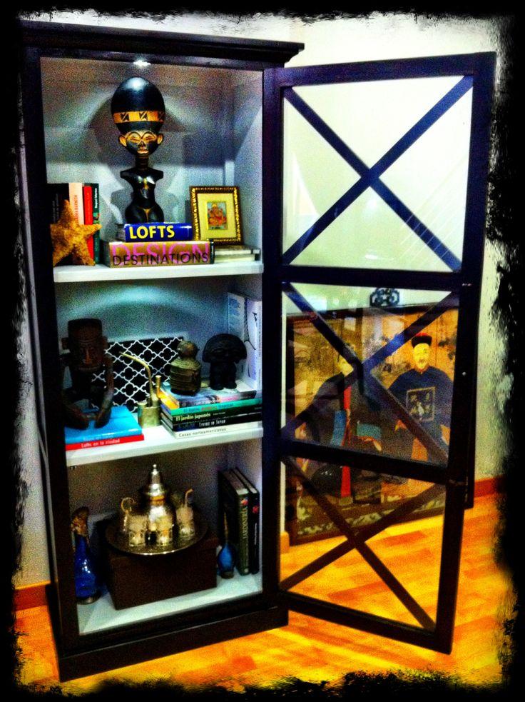 Transformar una librería con pintura decorativa y leds
