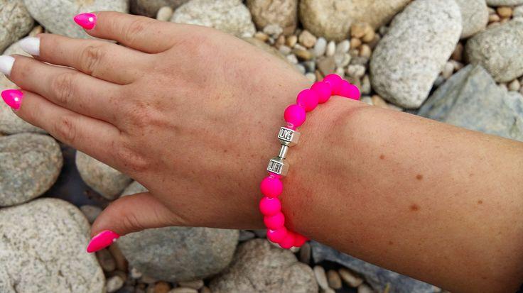 POLODRAHOKAMOVÉ náramky   FIT náramok neon pink   štýlové náramky na každú ruku