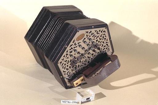 wheatstone concertina