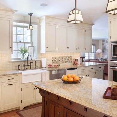 Best 25 craftsman style kitchens ideas on pinterest for Craftsman farmhouse interior