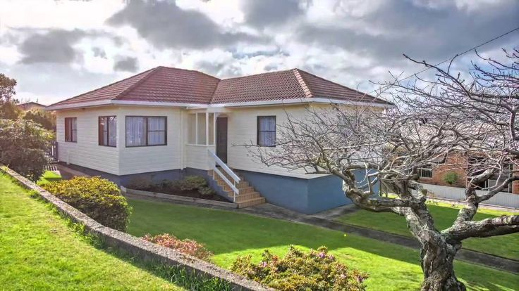 28 Grenville St, Burnie  Presented by Amdrew de Bomford at Harcourts