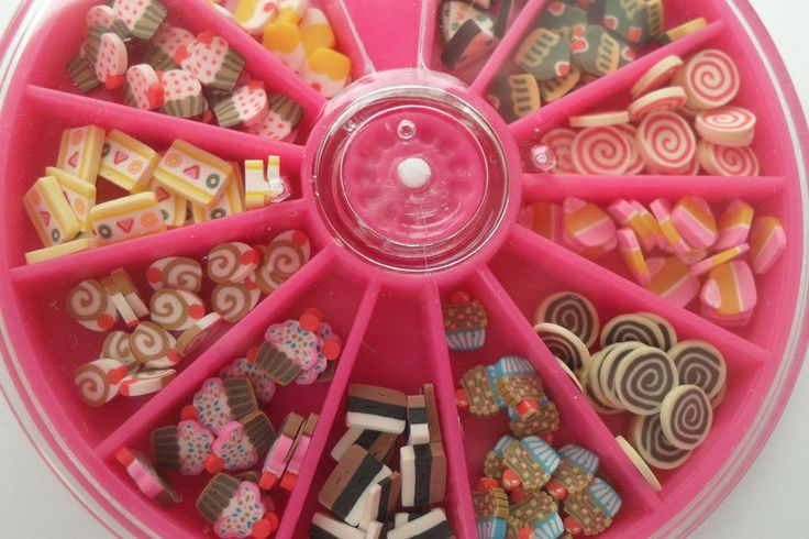 fettine fimo pasticcini e cupcake + contenitore, by Mila Bijoux, 1,10 € su misshobby.com