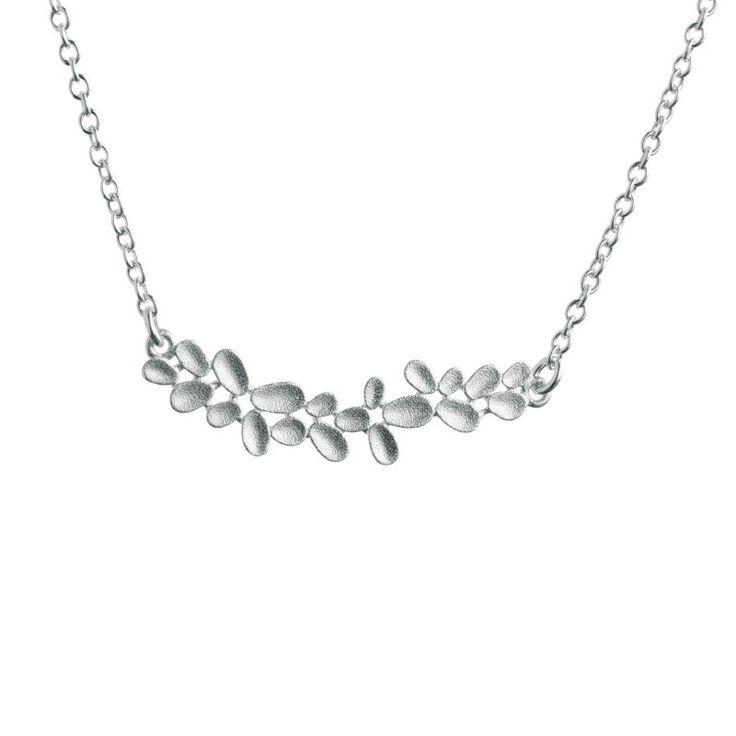 Kalevala Koru / Kalevala Jewelry / Haave-kaulakoru / Daydream Necklace / Design Tiina Arkko / Silver