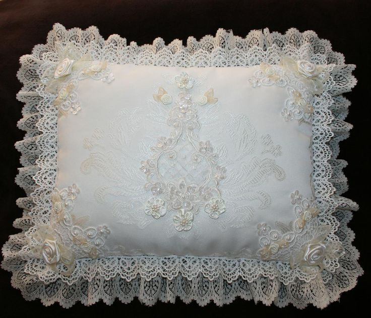 http://im-mortal.rajce.idnes.cz/polstarky/ pillows, doll, OOAK,clothing