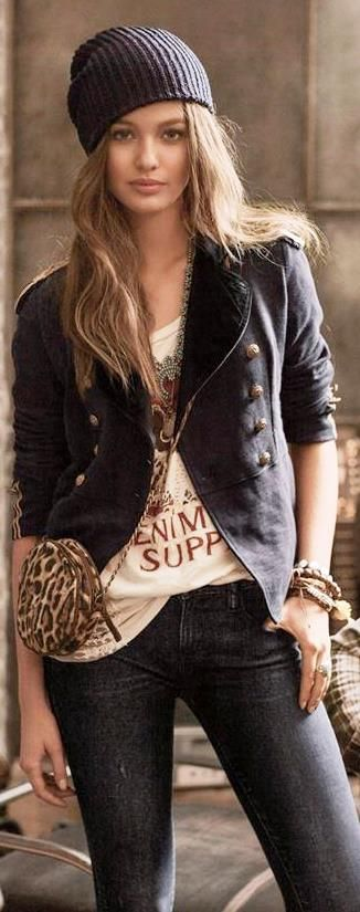 Ralph Lauren Fall 2013 - Love Ralph Lauren, classic street style, but incredible to mix up for us ' not 20, 30, 50 anymore' , fun and relaxing!