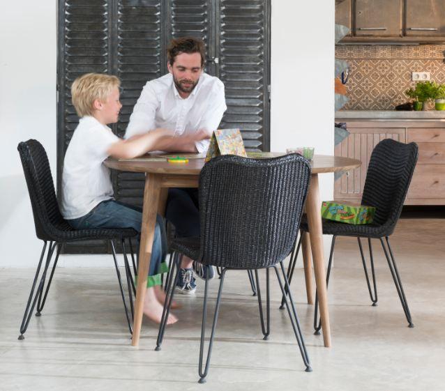 Tafel Berlin/stoel Christy life stories of dinningtable stoelen speciaalzaak Stoelpunt stoel,tafel,chaise,table,sedia,tavolo,silla,messa,table,chair.