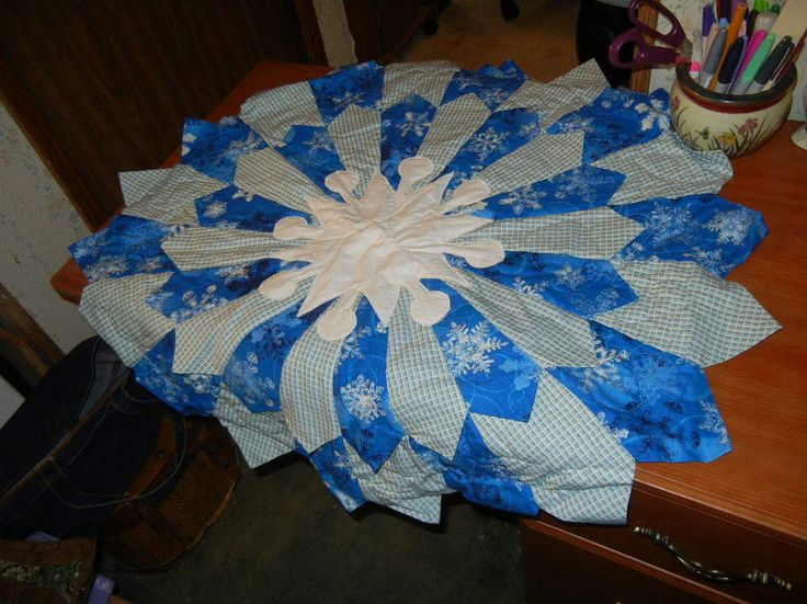 Patchwork Christmas Tree Skirt