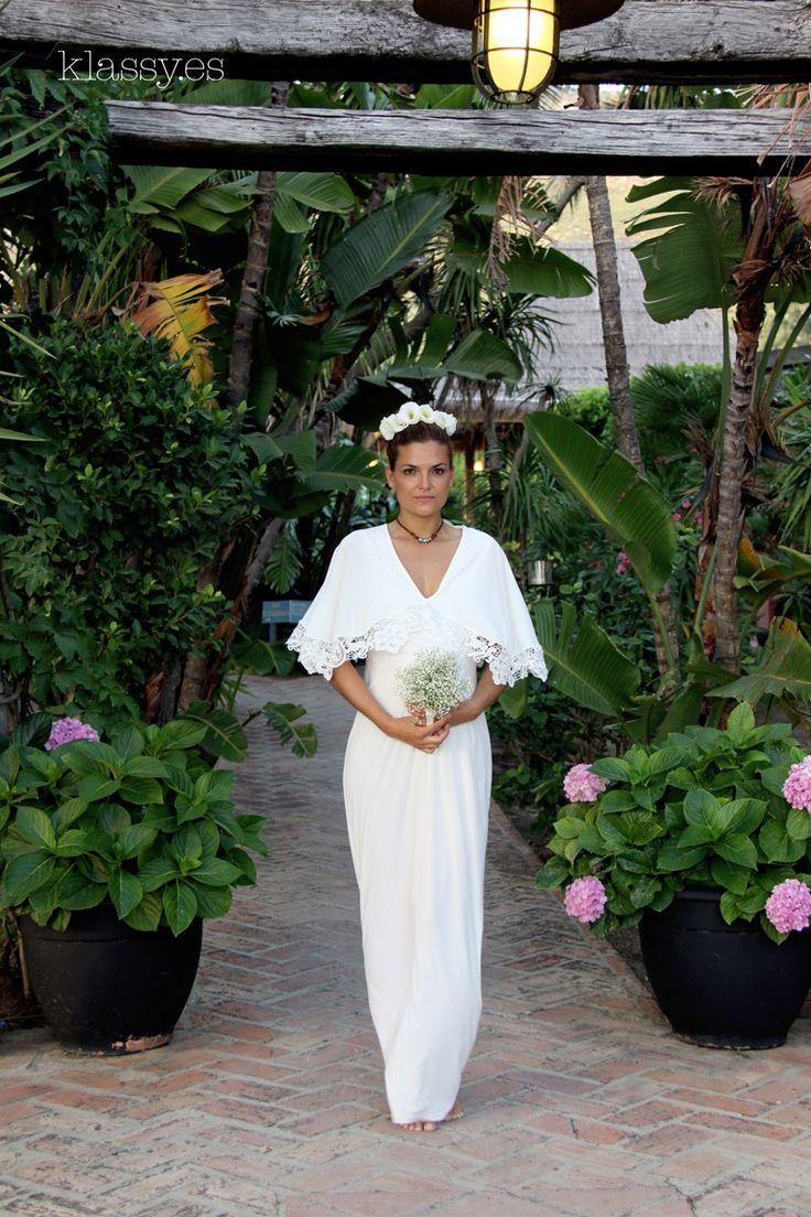 Vestido de novia para embarazada BOLUS con capita de encaje.